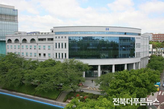 원광대 로스쿨, 2021년 변호사 시험 초시 합격률 전국 19위